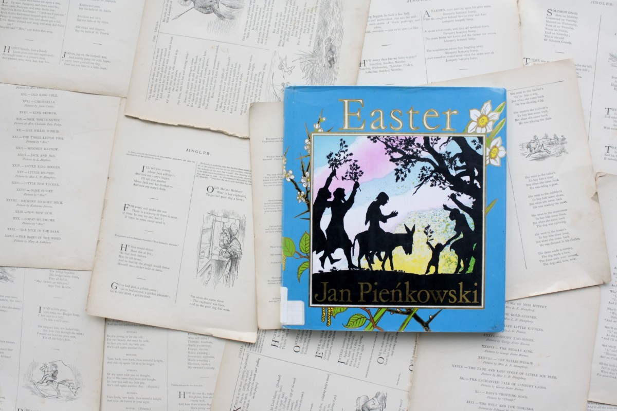 If you're looking for a classic telling of the Easter story, Jan Pienkowski's book is reverent, faithful, and beautifully illustrated | Little Book, Big Story