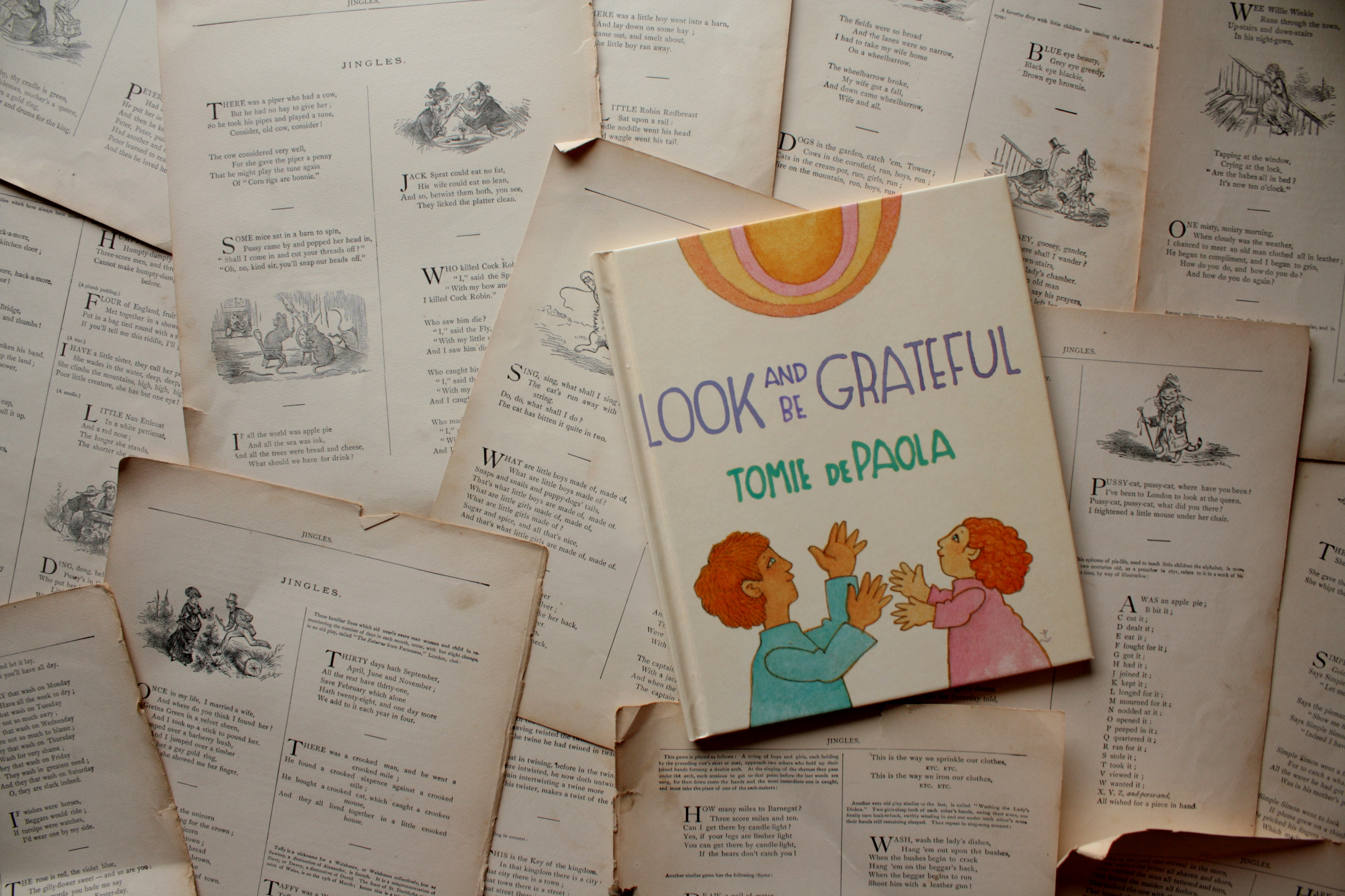 Look and Be Grateful | Tomie dePaola