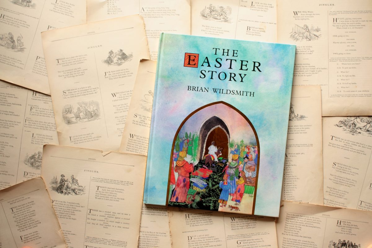 The Easter Story, by Brian Wildsmith | Little Book, Big Story